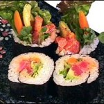 SPICY TUNA MAKI -- Tuna with chili oil, Japanese mayonnaise, Burdock, avocado, leaf lettuce, & Kaiware (5 pieces)... $7.50